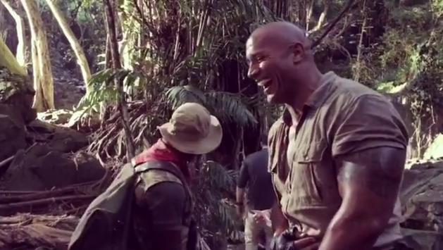 Jumanji 2 | Dwayne Johnson assusta Kevin Hart em novo vídeo do set
