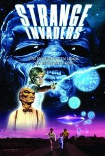Estranhos Invasores - Poster / Capa / Cartaz - Oficial 4