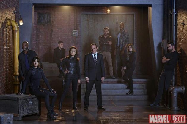 Agents of S.H.I.E.L.D. S02E01 - Shadows