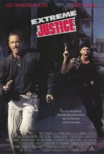 Justiça Extrema - Poster / Capa / Cartaz - Oficial 1