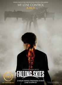 Falling Skies (1ª Temporada) - Poster / Capa / Cartaz - Oficial 1