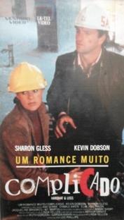 Um Romance Muito Complicado - Poster / Capa / Cartaz - Oficial 2