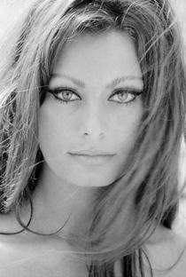 Sophia Loren - Poster / Capa / Cartaz - Oficial 1