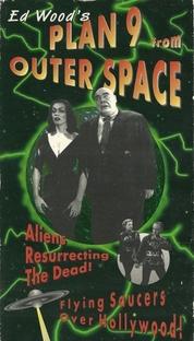 Plano 9 do Espaço Sideral - Poster / Capa / Cartaz - Oficial 10