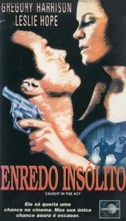 Enredo Insólito - Poster / Capa / Cartaz - Oficial 1