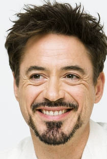 Robert Downey Jr. - Poster / Capa / Cartaz - Oficial 9