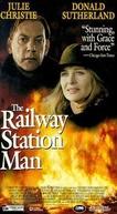 O Homem da Estação (The Railway Station Man)