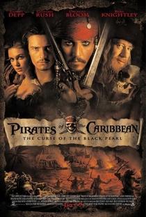 Piratas do Caribe: A Maldição do Pérola Negra - Poster / Capa / Cartaz - Oficial 1