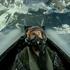 Tom Cruise vive momentos de tensão em vídeo de Top Gun: Maverick
