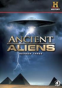Alienígenas do Passado (3ª Temporada) - Poster / Capa / Cartaz - Oficial 1