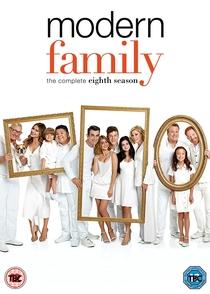 Família Moderna (8ª Temporada) - Poster / Capa / Cartaz - Oficial 3
