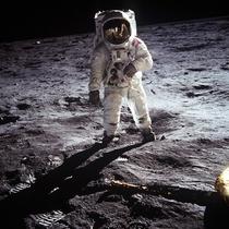 Teoria da conspiração - Nós pousamos na lua? - Poster / Capa / Cartaz - Oficial 1