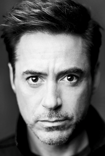 Robert Downey Jr. - Poster / Capa / Cartaz - Oficial 2