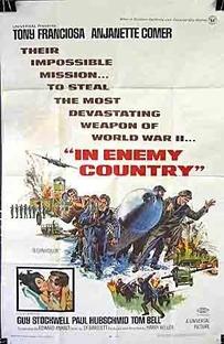 Em Território Inimigo - Poster / Capa / Cartaz - Oficial 1