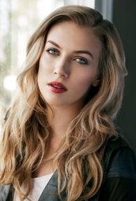 Laura Jacobs (I)