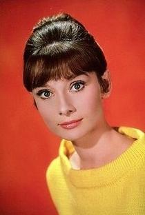Audrey Hepburn (I) - Poster / Capa / Cartaz - Oficial 14
