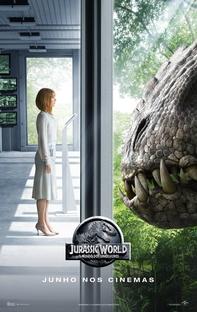 Jurassic World - O Mundo dos Dinossauros - Poster / Capa / Cartaz - Oficial 7