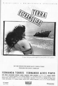 Terra Estrangeira - Poster / Capa / Cartaz - Oficial 2