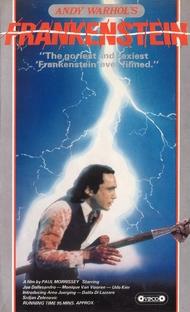 Carne para Frankenstein - Poster / Capa / Cartaz - Oficial 4