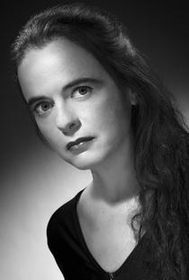 Amélie Nothomb - Poster / Capa / Cartaz - Oficial 1