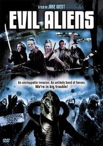 Evil Aliens: Um Novo Contato  - Poster / Capa / Cartaz - Oficial 5