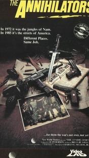 Os Aniquiladores - Poster / Capa / Cartaz - Oficial 2