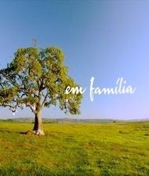 Em Família - Poster / Capa / Cartaz - Oficial 3