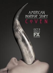 American Horror Story: Coven (3ª Temporada) - Poster / Capa / Cartaz - Oficial 7