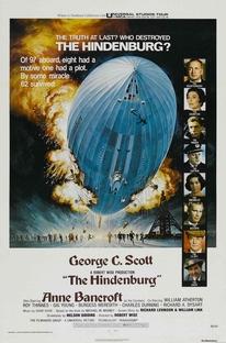 O Dirigível Hindenburg - Poster / Capa / Cartaz - Oficial 1