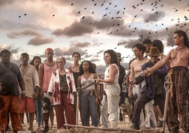 Assista Bacurau por R$4 no Projeta Brasil Cinemark