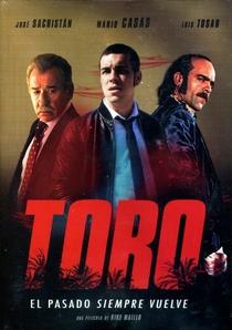 Toro - Poster / Capa / Cartaz - Oficial 5