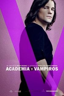 Academia de Vampiros: O Beijo das Sombras - Poster / Capa / Cartaz - Oficial 15
