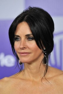 Courteney Cox - Poster / Capa / Cartaz - Oficial 5