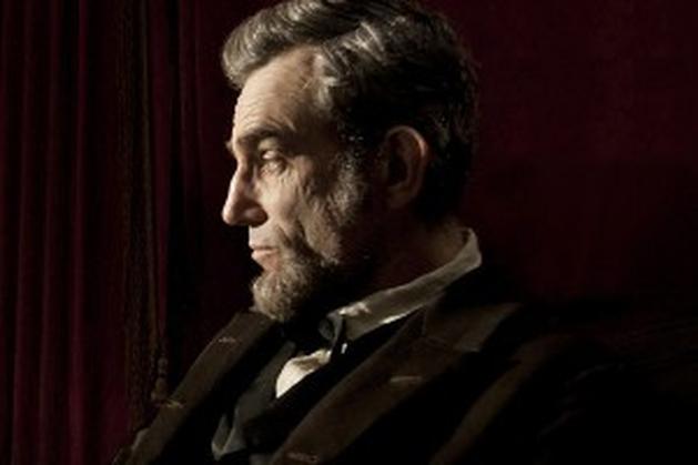Daniel Day-Lewis em destaque nos três novos clipes de Lincoln!