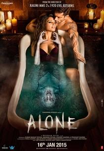 Alone - Poster / Capa / Cartaz - Oficial 3