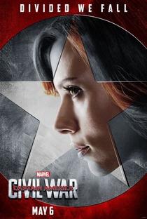 Capitão América: Guerra Civil - Poster / Capa / Cartaz - Oficial 8