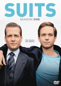 Suits (1ª Temporada) - Poster / Capa / Cartaz - Oficial 1