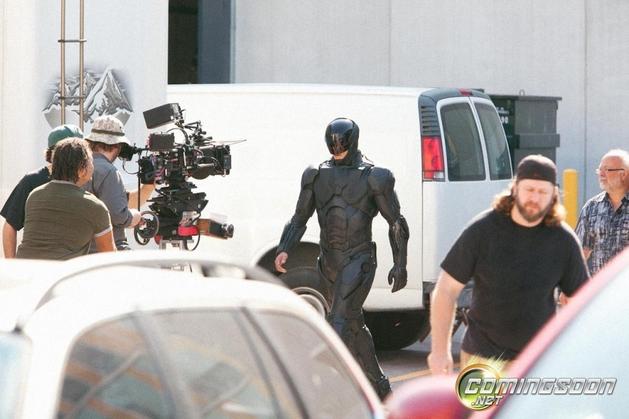 Revelada a primeira imagem de Joel Kinnaman como o Robocop!