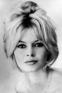 Brigitte Bardot - Poster / Capa / Cartaz - Oficial 7