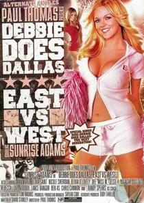 Debbie em Dallas - Leste x Oeste - Poster / Capa / Cartaz - Oficial 1