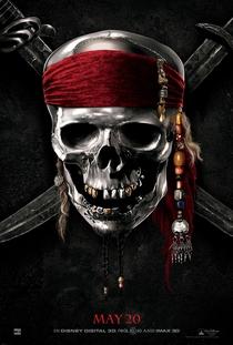 Piratas do Caribe: Navegando em Águas Misteriosas - Poster / Capa / Cartaz - Oficial 4