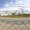 Penitenciária é cenário da série 'Carcereiros'