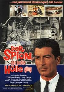 Corrida pour un espion - Poster / Capa / Cartaz - Oficial 1