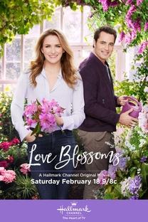 Love Blossoms - Poster / Capa / Cartaz - Oficial 1
