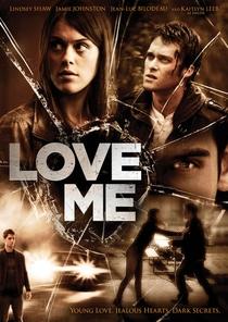 Love Me - Poster / Capa / Cartaz - Oficial 2