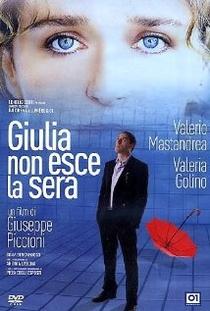 Giulia Não Sai À Noite - Poster / Capa / Cartaz - Oficial 1