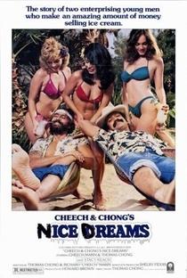 Altos Sonhos de Cheech & Chong - Poster / Capa / Cartaz - Oficial 1