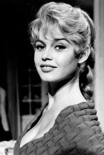 Brigitte Bardot - Poster / Capa / Cartaz - Oficial 23