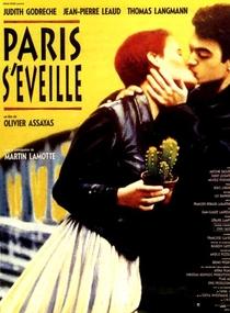 Paris se Levanta - Poster / Capa / Cartaz - Oficial 1