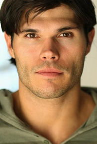 Taylor James (I)